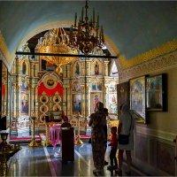 В храме. :: Андрей Козлов