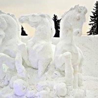 Три белых коня... :: Владимир Болдырев