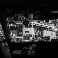 взгляд на гонконгский трамвай из гонконгского такси :: Sofia Rakitskaia