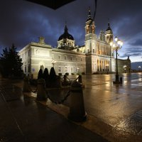 Дождливый вечер в Мадриде :: Александр Бритшев