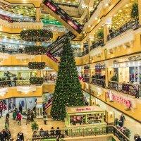 новогодняя елка в пассаже :: Ирина