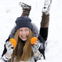 Хочешь апельсинку? :: Лилия Масло