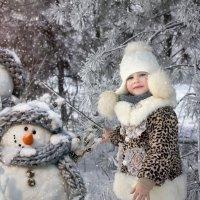 Снег по улице метёт, Вьюга песенки поёт... :: Райская птица Бородина