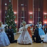 Рождественский бал. :: Ольга Лиманская