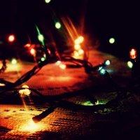 уходящее новогоднее настроение :: Шура Еремеева