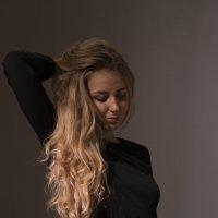 Студийный портрет :: Наталья Cаруханова