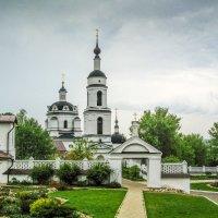 Никольский собор в Малоярославце. :: Владимир Безбородов