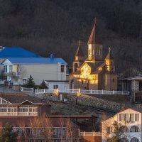 Армянская церковь в нашей деревне :: Александр Земляной