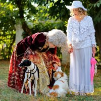 Царица и Дама с собачкой :: Анатолий Шулков