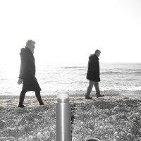 Walking :: Sony 2 Sony 2