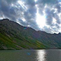 ОЗЕРО, Приток Ойгаинга. h ~ 3200-3300м. :: Виктор Осипчук