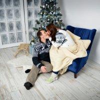 семья начинается с Поцелуя.. :: Татьяна Карканица