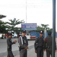 Остров Ко Чанг. Доблестная тайская полиция. :: Лариса (Phinikia) Двойникова