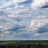 Плывут облака :: Владимир Безбородов