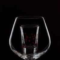 стекло в стекле :: Юрий Ващенко