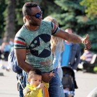 папа с сыном :: Олег Лукьянов