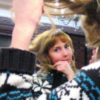 Ира, мастер парикмахер. :: Надежда Ивашкина