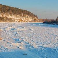 Замёрзшая река :: Анатолий Иргл