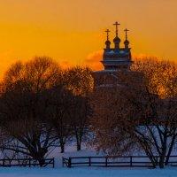 Пейзаж с церковью :: Alexander Petrukhin