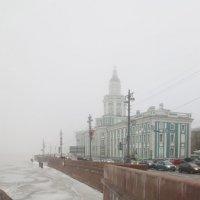 город плывёт в тумане :: Елена
