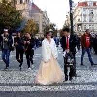 невеста грустная и  никому нет дела почему... :: Olga