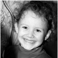 Улыбка счастливого ребёнка! :: Алексей Румянцев