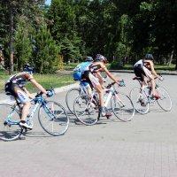 Велогонки :: раиса Орловская