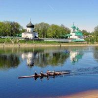 Мирожский монастырь во Пскове :: Leonid Tabakov