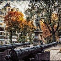 Краски Петровского сквера :: Ирина Falcone