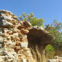 древние развалины :: tgtyjdrf