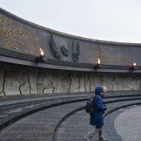 память павшим и защищавшим наш город!!! :: Валентина Папилова