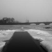 Бассейн..вход бесплатный..)) ,а выход..)? :: tipchik