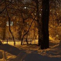 Ночь во дворе :: Andrey S.
