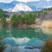 Озеро у подножья горы Шаан-Кая :: Ольга