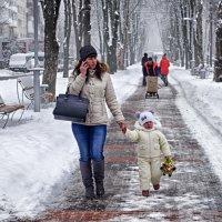 На прогулке... :: юрий иванов