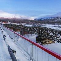 Старый мост. :: Юрий Харченко