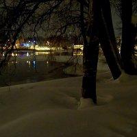 Свет в ночи. :: Miko Baltiyskiy