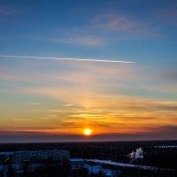 Самолет над морозным Усинском :: Татьяна Ov4innikova