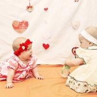 Ева и Маша)) :: Любовь