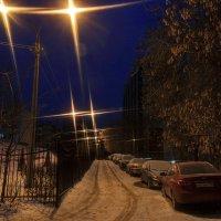 Острые кинжалы фонарей вспарывают темноту. :: Анатолий. Chesnavik.