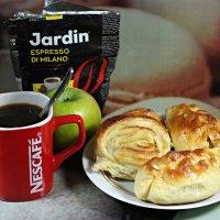 Лишь  кофе с утра нам проснуться поможет.. :: Андрей Заломленков