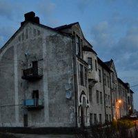 Старинный шведский дом. :: Владимир Ильич Батарин