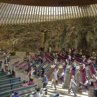 Экскурсии по церкви в скале :: Александр Рябчиков