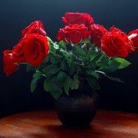 Дарите  цветы  любимым! :: Наталья Казанцева
