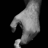 Hands :: Любовь Темиз