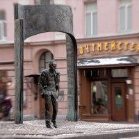 Памятник Булату Окуджаве :: Вера Лучникова