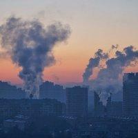 Урбанистический рассвет :: Андрей Майоров
