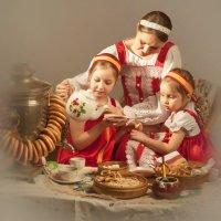 Ольга с дочерьми :: Олег Дроздов