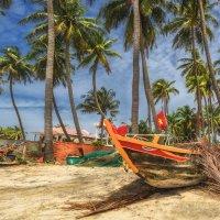 Рыбацкая деревушка...Вьетнам! :: Александр Вивчарик
