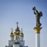 Вид на собор :: юрий Амосов